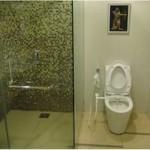 Residence Inn Cherating Bathroom